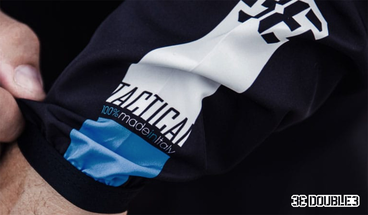La scritta made in Italy presente su una maglia tecnica per mountainbike Double3