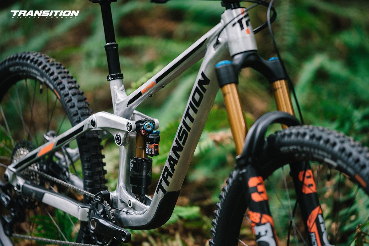 Dettaglio del telaio della nuova mountainbike Transition Patrol 2022