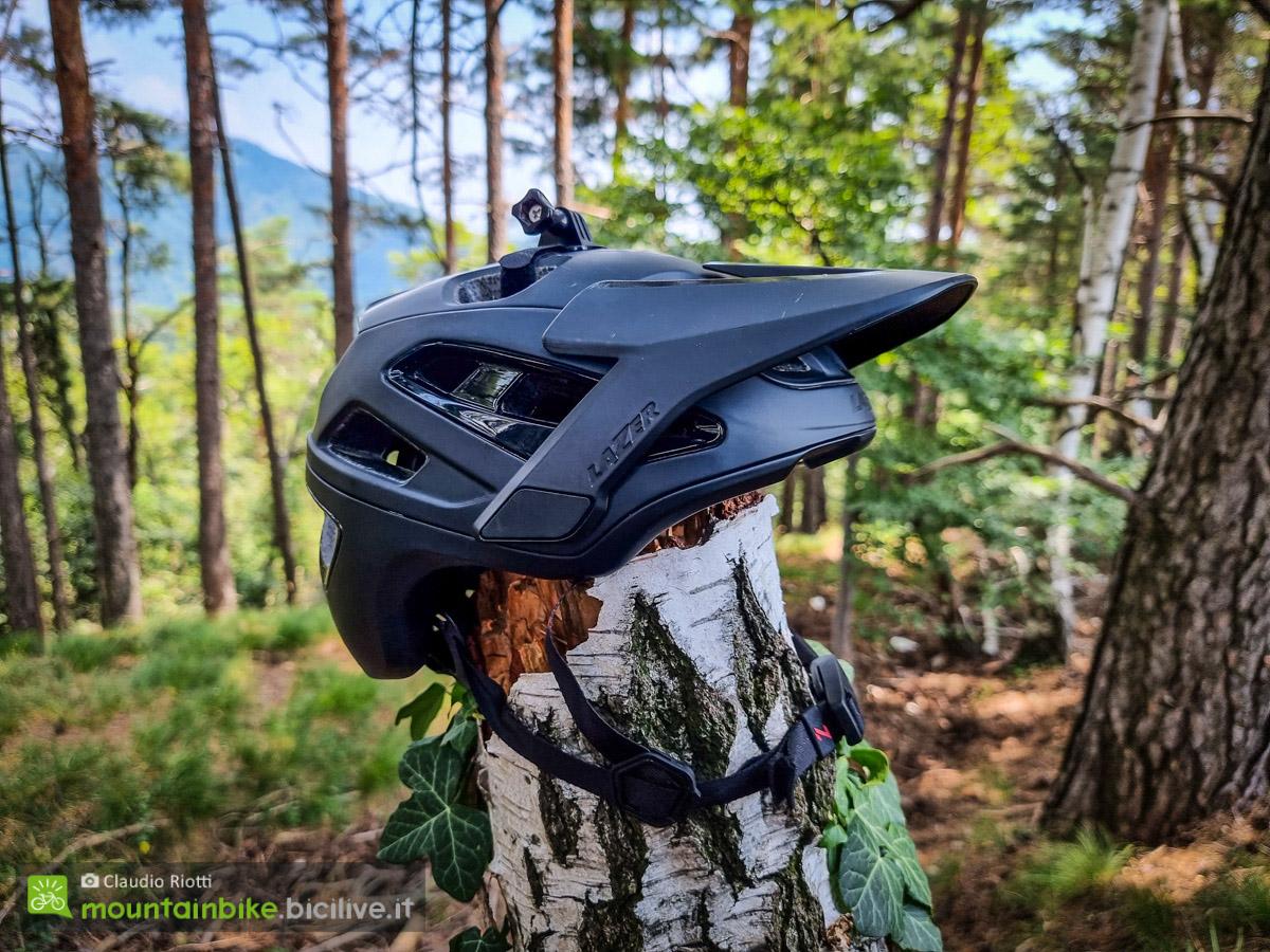 Foto del casco Lazer Jackal per MTB