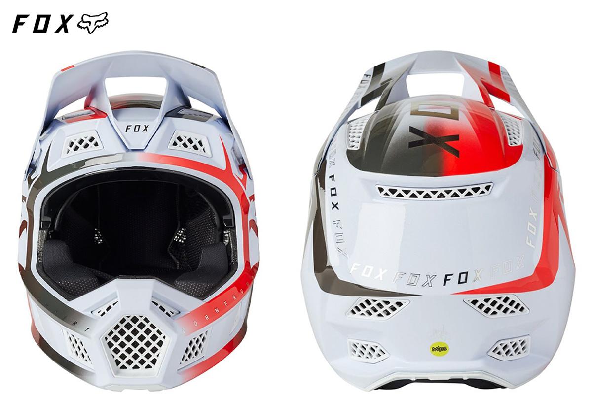 Il nuovo casco per mtb Fox Rampage Pro Carbon 2022 visto frontalmente e posteriormente