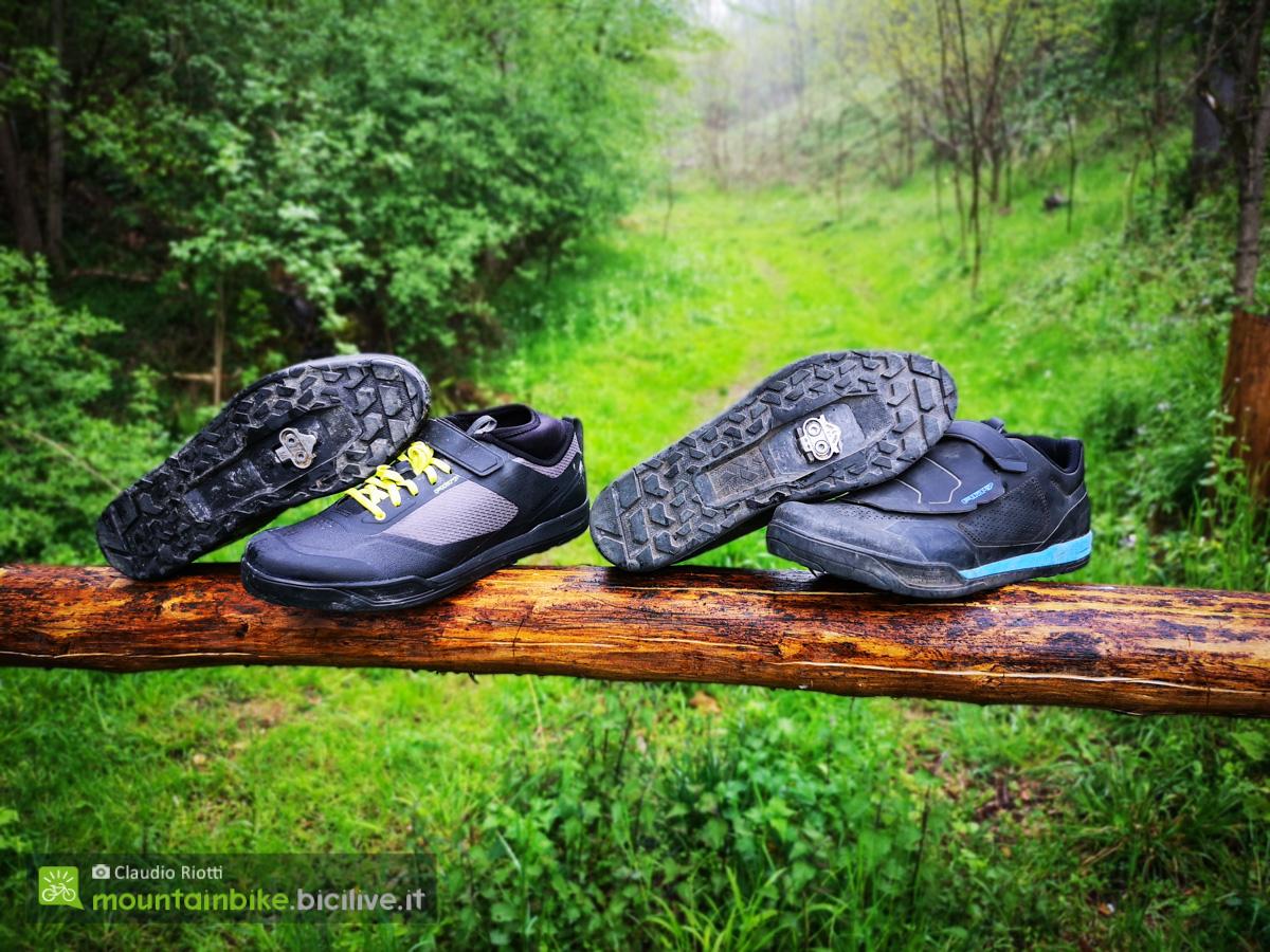Foto delle scarpe per pedali mtb con sgancio rapido AM7 e AM9 di Shimano.