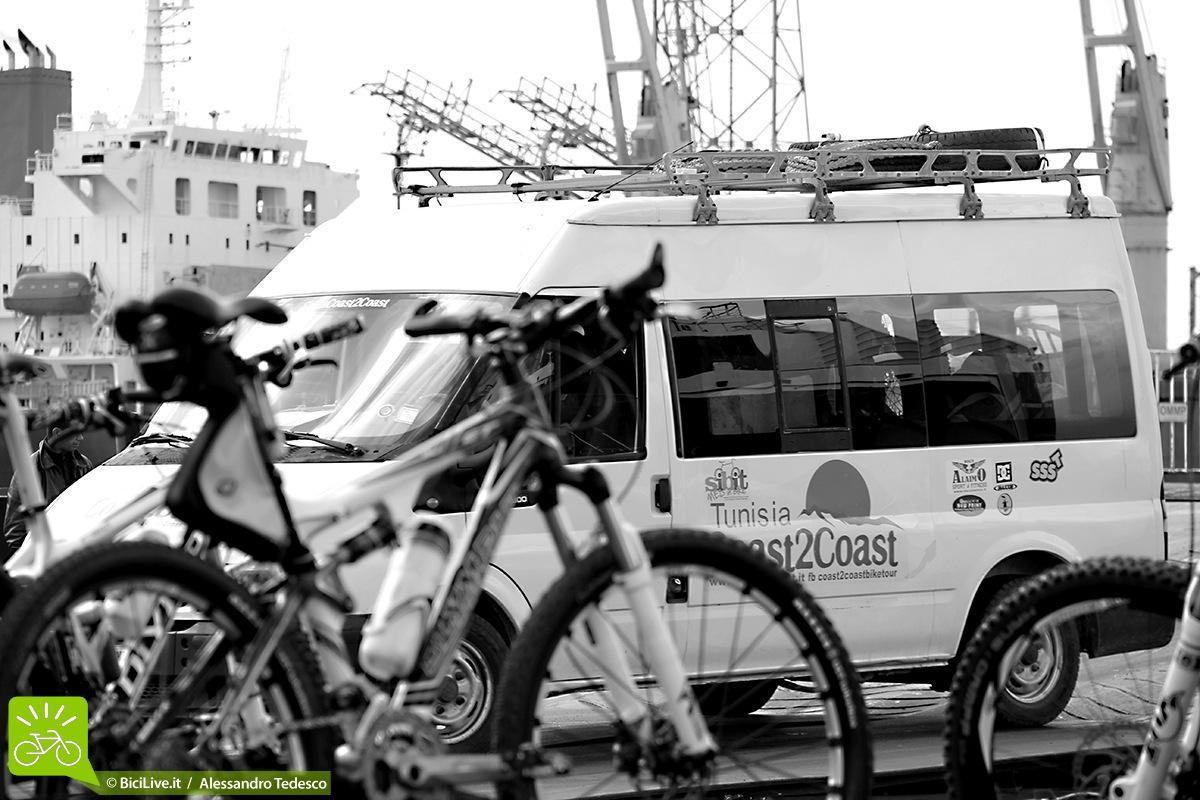 Il nostro furgone da cicloturisti elettrici